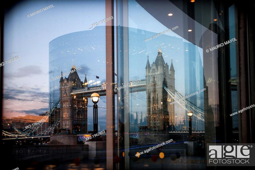 Stock Photo: Tower bridge from city hall, London, UK.