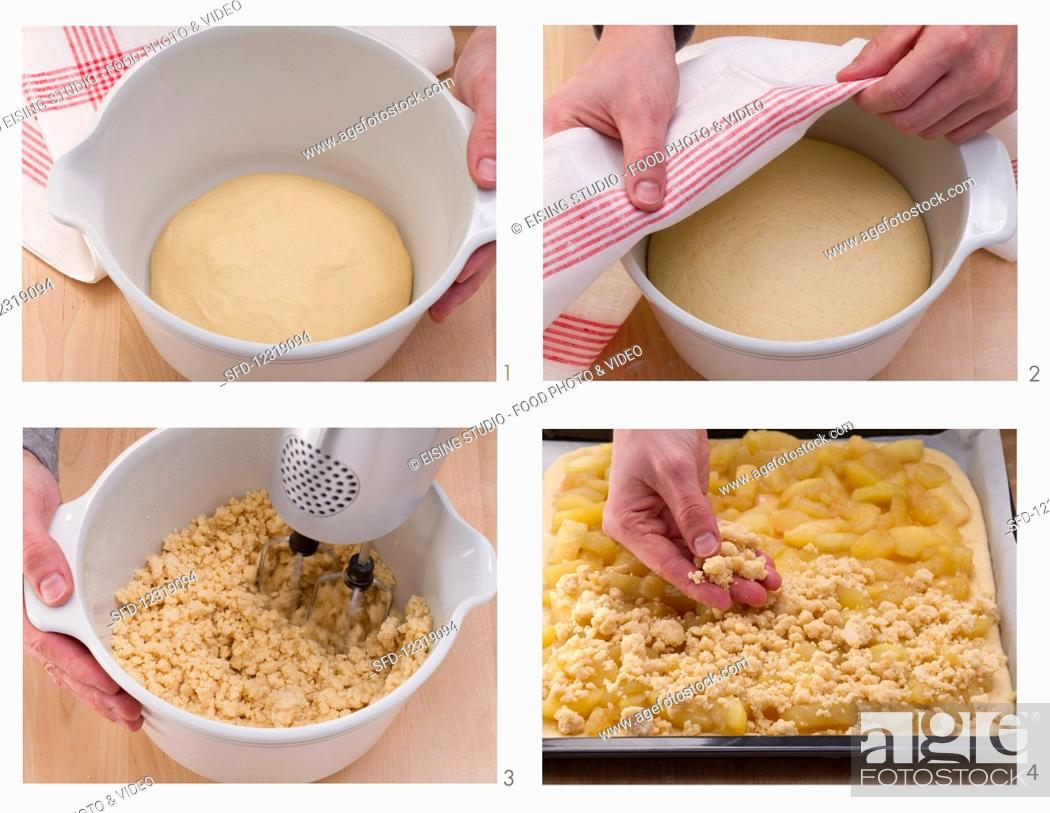 Photo de stock: How to bake an apple crumble cake in a tray.
