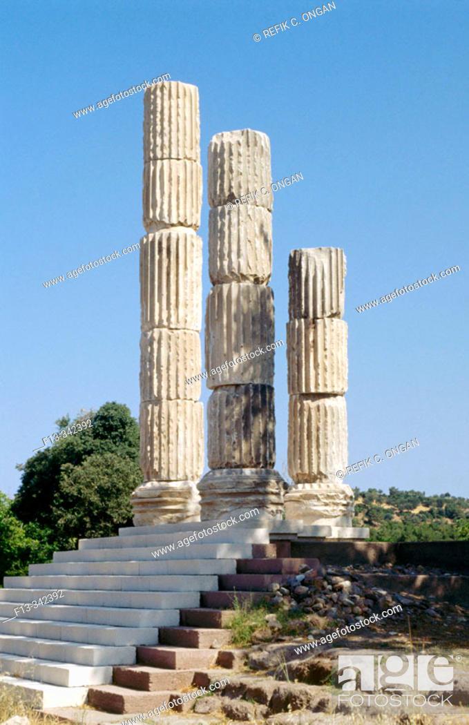 Stock Photo: Apollon Temple.