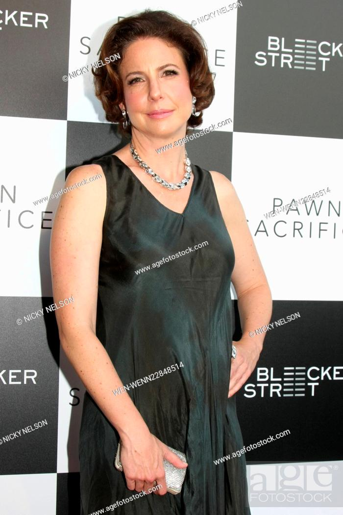 Robin Weigert website