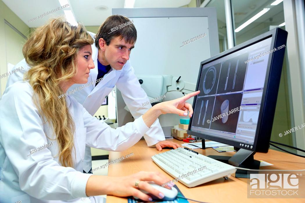 industrial x ray technicians inspect the internal structure and porosity of the material of a component innovative metrology applied sariki metrology