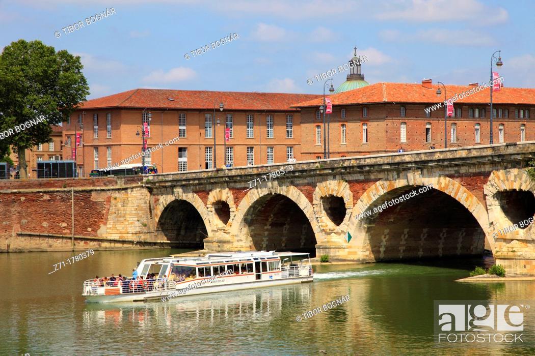 Stock Photo: France, Midi-Pyrénées, Toulouse, Pont Neuf, bridge, Garonne River,.