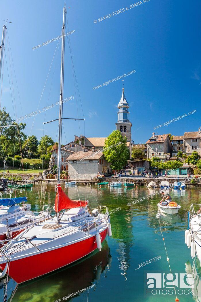 Stock Photo: Yvoire village in Haute-Savoie, Rhône-Alpes, France.