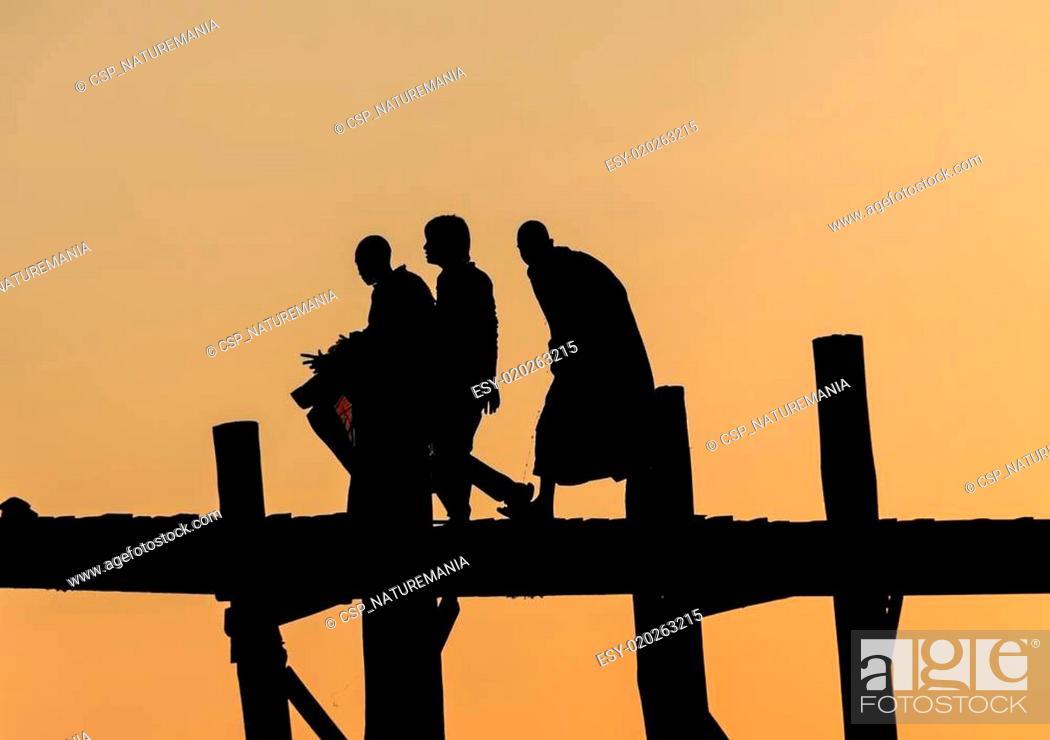 Stock Photo: U-Bein bridge,Mandalay.