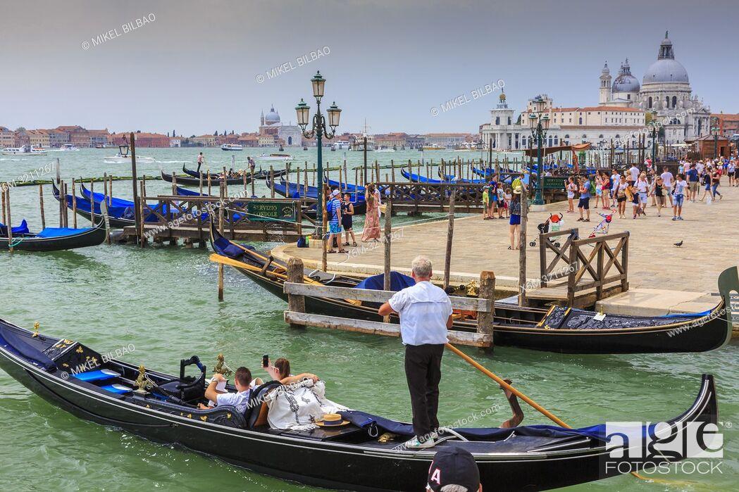 Imagen: Gondolas in St Mark's Square pier. Venice, Italy. Europe.