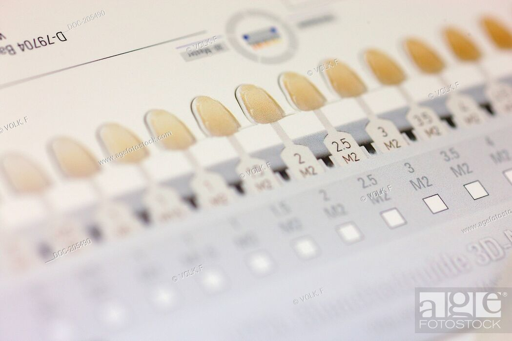 Imagen: coloured scale for dentists , for bleaching tooth.