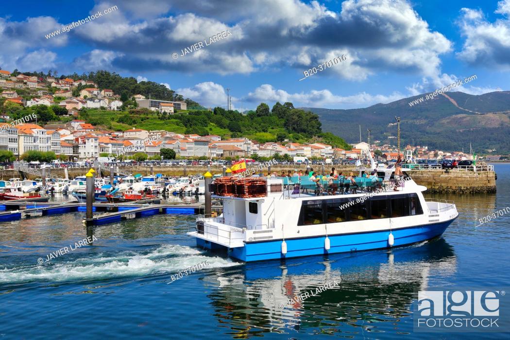 Stock Photo: Darsena, Muros, Ria de Muros e Noia, A Coruña province, Galicia, Spain.