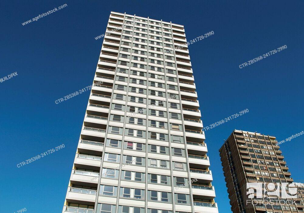 Imagen: Refurbished 1960's housing block, Bow Cross, East London, UK.