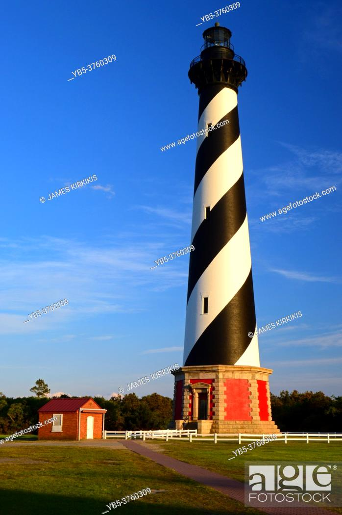 Imagen: Cape Hatteras Lighthouse on the Outer Banks of North Carolina.