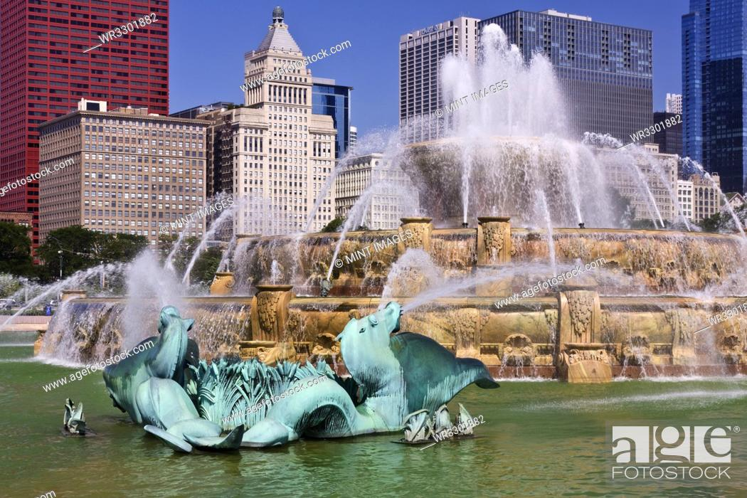 Stock Photo: Buckingham Fountain.