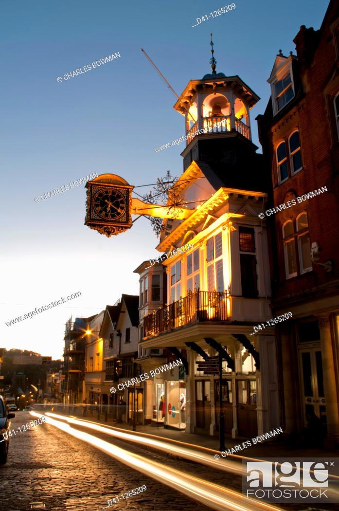 Stock Photo: europe, UK, England, Surrey, Guildford, Guildhall, high street dusk.