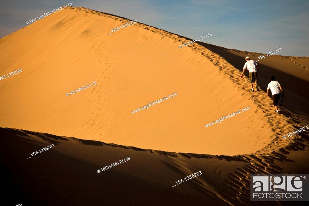 Stock Photo: Sand dunes at Stovepipe Wells in Death Valley National Park, California, USA.