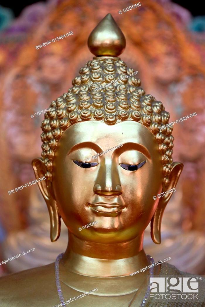 Stock Photo: Kong Meng San Phor Kark See Monastery. Dharma hall. Buddha statue. Singapore.