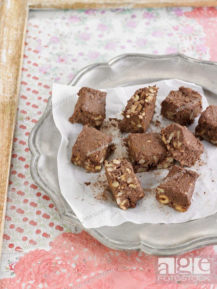 Stock Photo: brownies de chocolate / chocolate brownies.