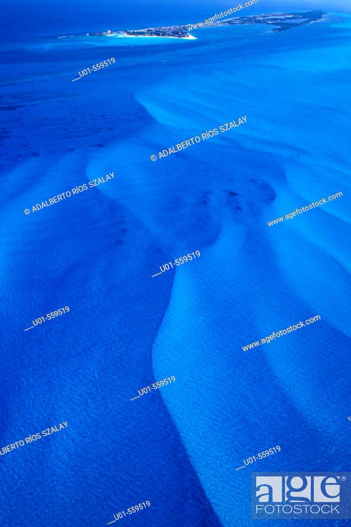 Stock Photo: Underwater dunes, Isla Mujeres, Caribbean, Mexico.