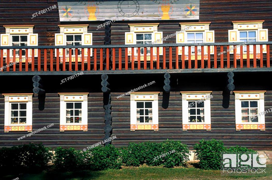 Stock Photo: Finland, Carelia, Nurmes, Bomba hotel, traditionnal house.