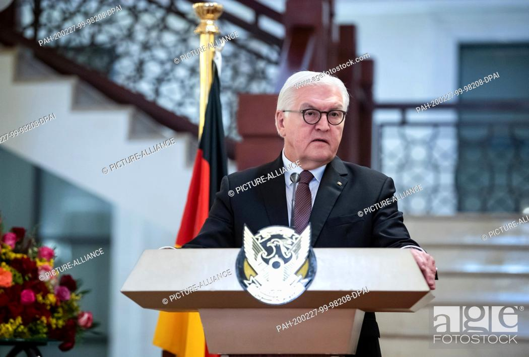 Imagen: 27 February 2020, Sudan, Khartum: Federal President Frank-Walter Steinmeier expressed his views at a press conference following the meeting with General Abdel.