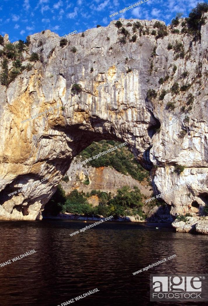 Natural Bridge Le Pont D Arc In Vallon Pont D Arc Gorges