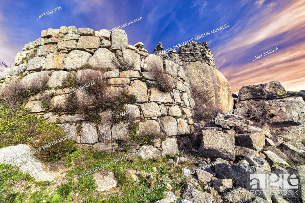 Imagen: Ruins of St. Vicente castle early in the morning. Toledo. Spain. Europe.