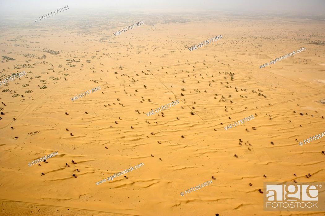 Stock Photo: dubai, aerial, airborne, sky, October, 2006.
