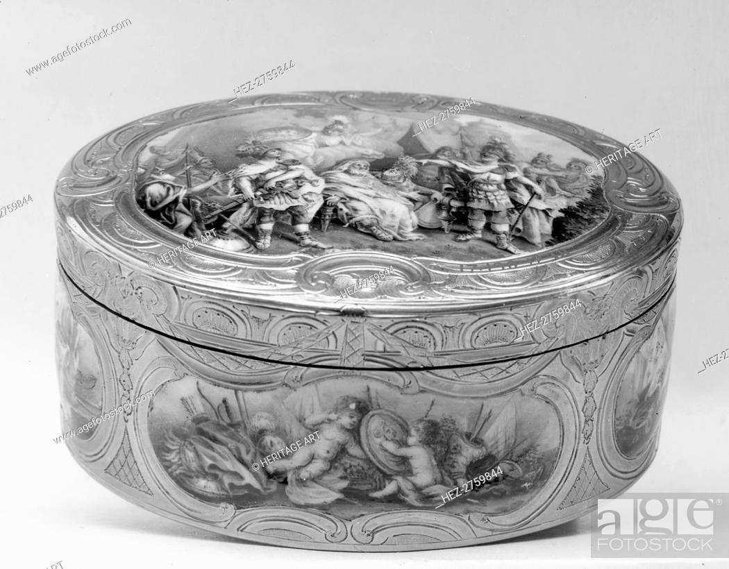 Photo de stock: Snuffbox with scenes from the life of Achilles, 18th century. Creator: Unknown.