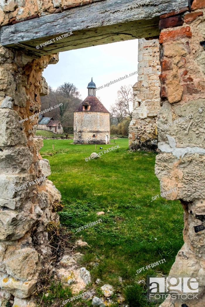 Imagen: THE 18TH CENTURY DOVECOTE, CISTERCIAN ROYAL ABBEY OF MORTEMER, BUILT IN THE 12TH CENTURY BY HENRI I BEAUCLERC, SON OF THE WILLIAM THE CONQUEROR.