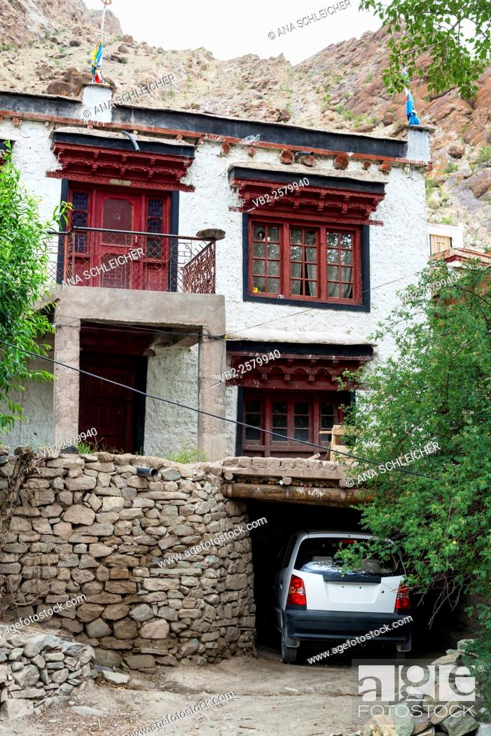 Stock Photo: Car parked at a monks house. Hemis gompa. Indus valley, Ladakh (india).