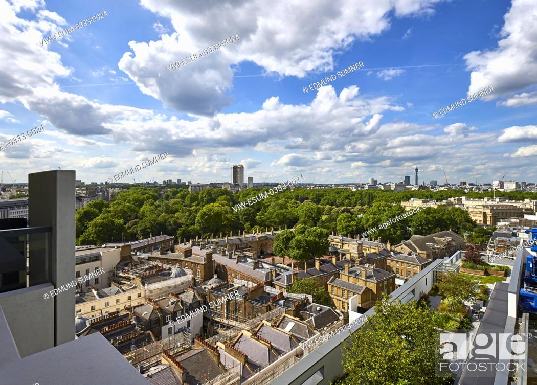 Imagen: Elevated view from penthouse towards Buckingham Palace. Nova Building interiors, London, United Kingdom. Architect: na , 2017.
