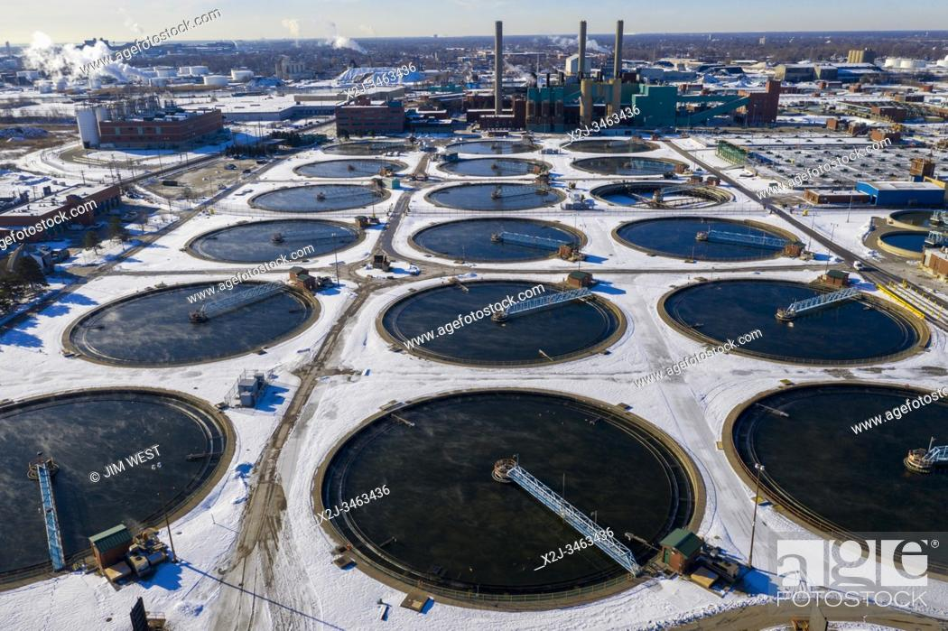 Stock Photo: Detroit, Michigan - The Great Lakes Water Authority's sewage treatment plant, which serves Detroit and 76 other southeastern Michigan communities.