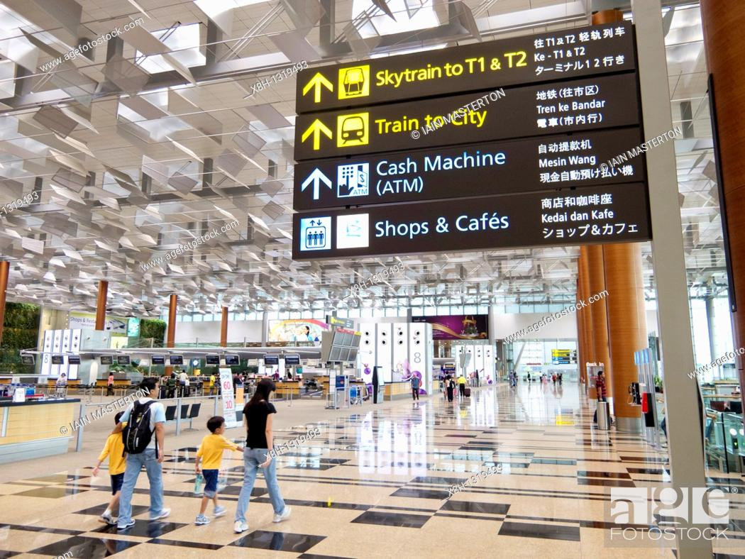 Stock Photo: Interior of Departures hall at modern new Terminal 3 at Changi Airport in Singapore.