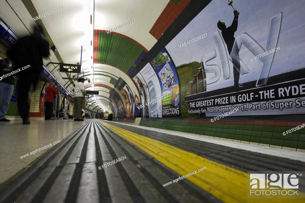 Stock Photo: Commuters, Group Of People, Motion, Path.