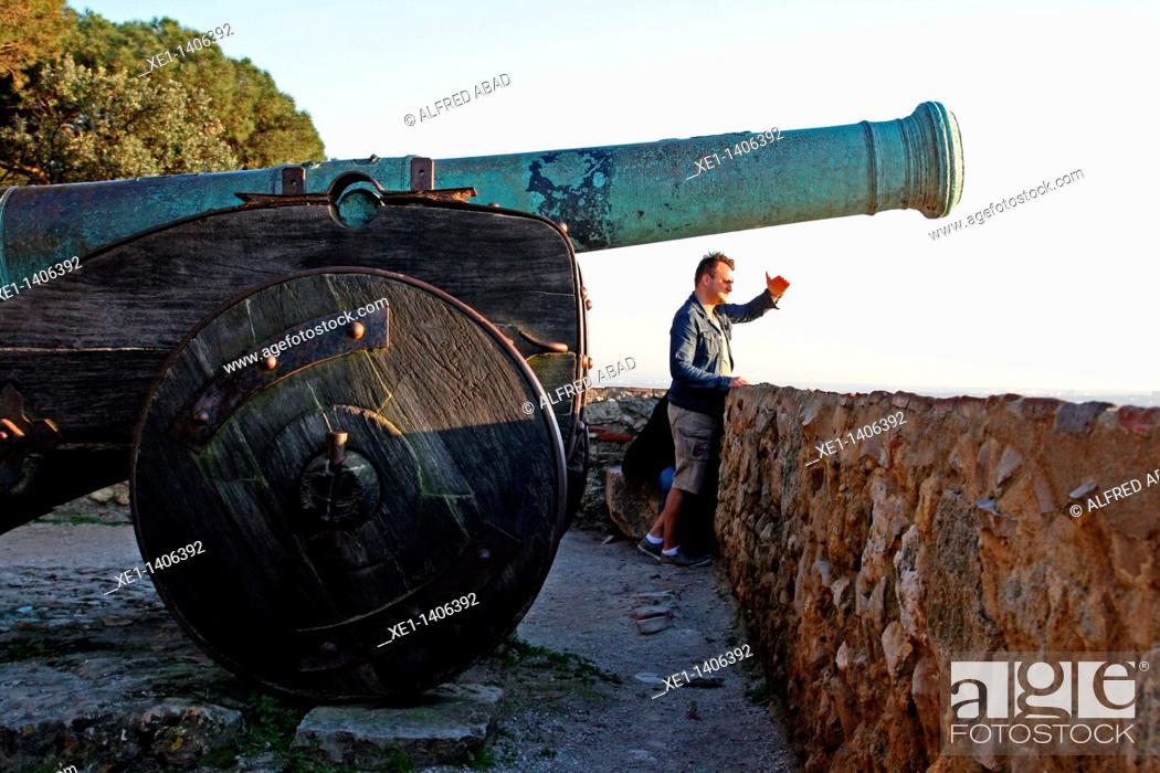 Stock Photo: cannon, San Jorge castle, Lisbon, Portugal.