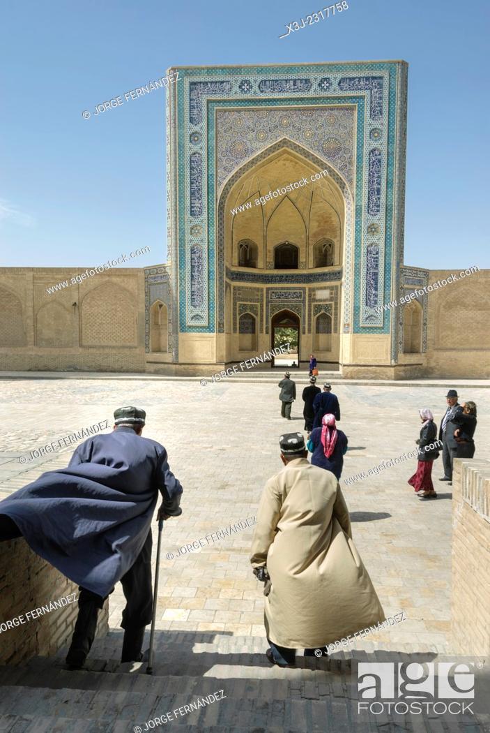 Stock Photo: People at Mir-i-Arab madrassa, Bukhara, Uzbekistan, Asia.