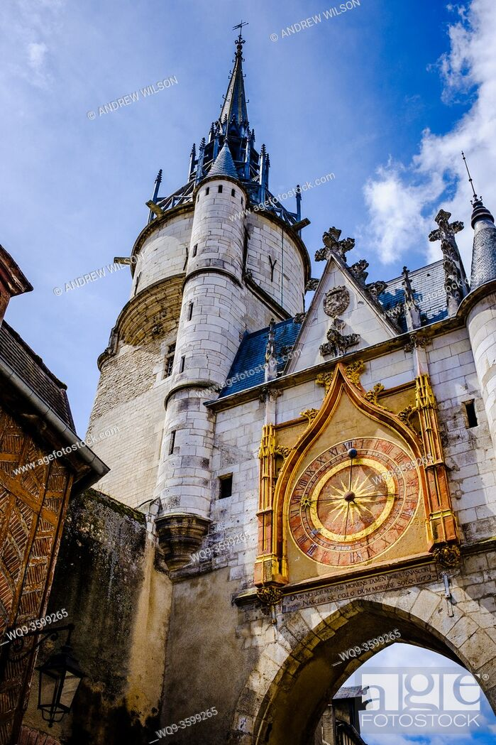 Photo de stock: Street scene in Auxerre, France showing their famous clock tower.
