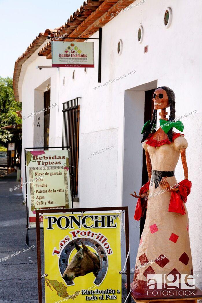 Imagen: Typical bar, Comala, Colima, Mexico.