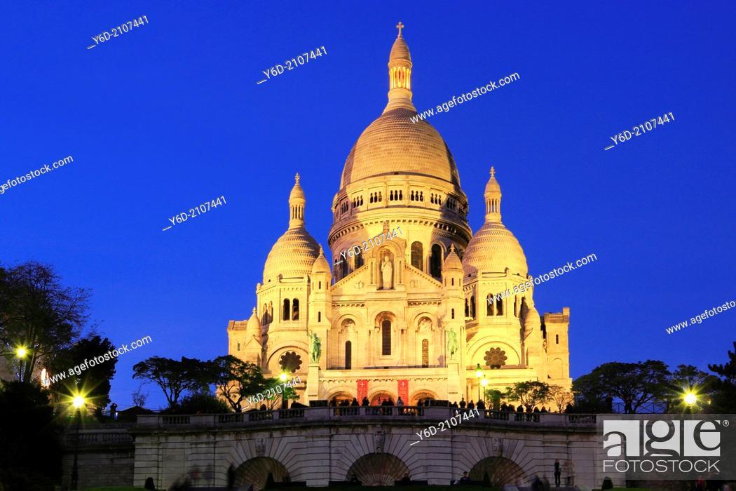 Stock Photo: Basilique of the Sacré Coeur, Paris, France.