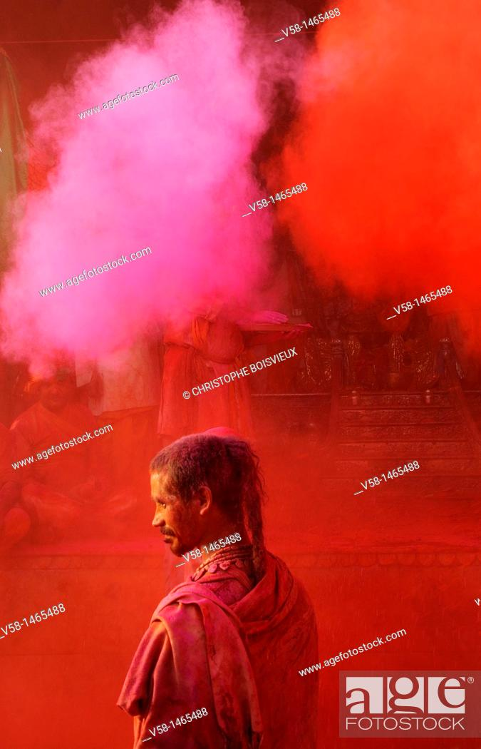 Stock Photo: India, Uttar Pradesh, Holi festival, Colour and spring festival celebrating the love between Krishna and Radha.