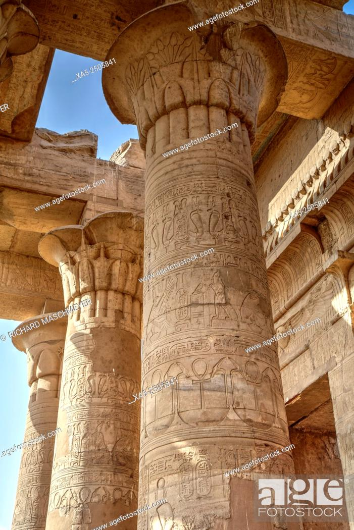 Imagen: Bas-relief on Columns, Temple of Haroeris and Sobek, Kom Ombo, Egypt.