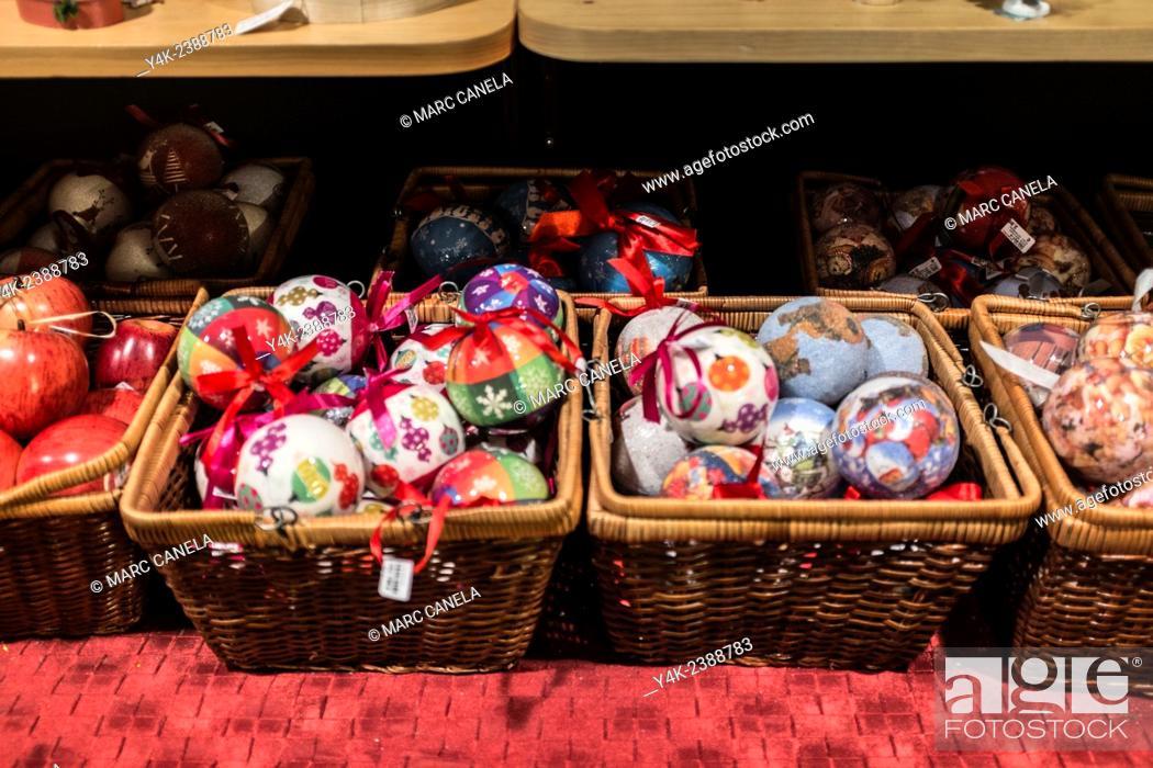 Stock Photo: Europe, Germany, Berlin, Christmas decorations, balls, Christmas tree.