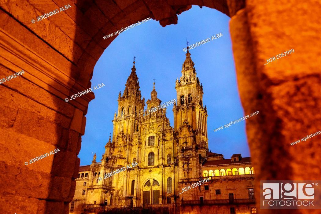 Stock Photo: Cathedral on Plaza del Obradoiro square, World Heritage Site, Way of St James, Santiago de Compostela, A Coruña, Galicia, Spain.