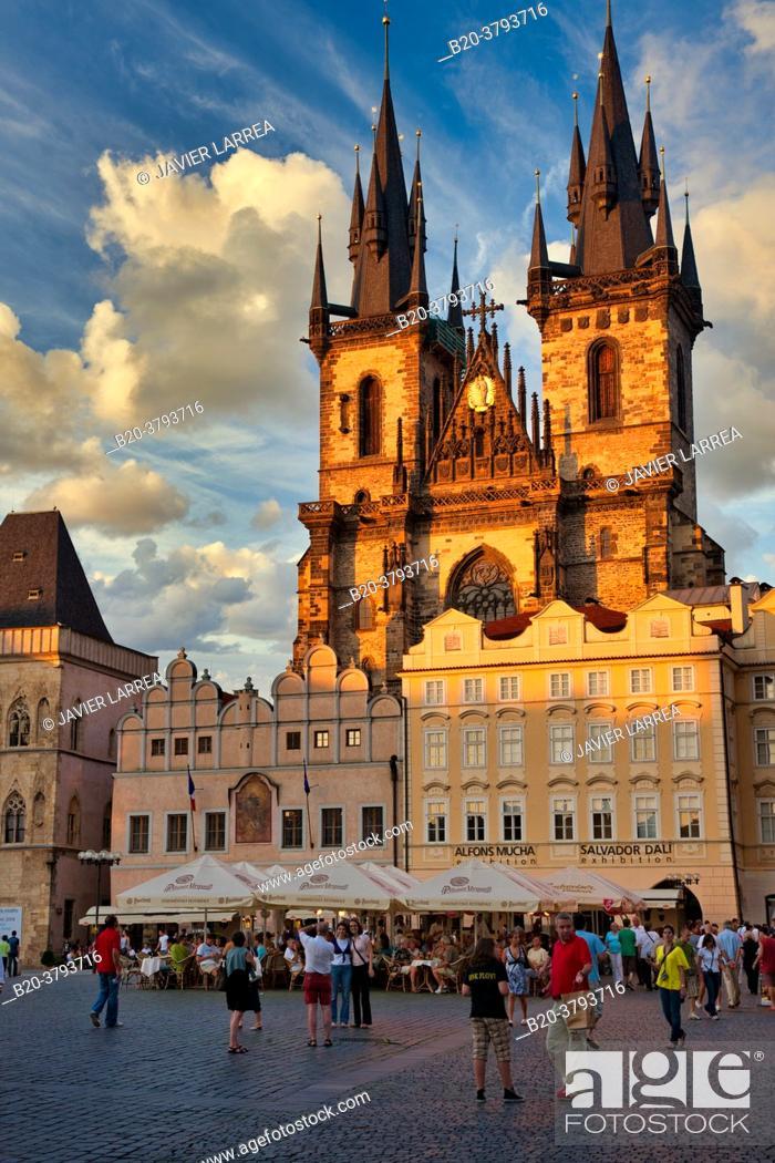 Stock Photo: Tyn church in Staromestske Namesti (Old Town Square), Prague, Czech Republic, Europe.