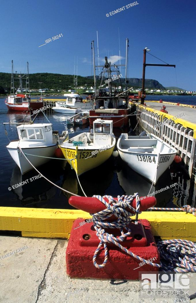 Stock Photo: Fishing harbour of Rocky Point near Gros Morne National Park, Newfoundland.