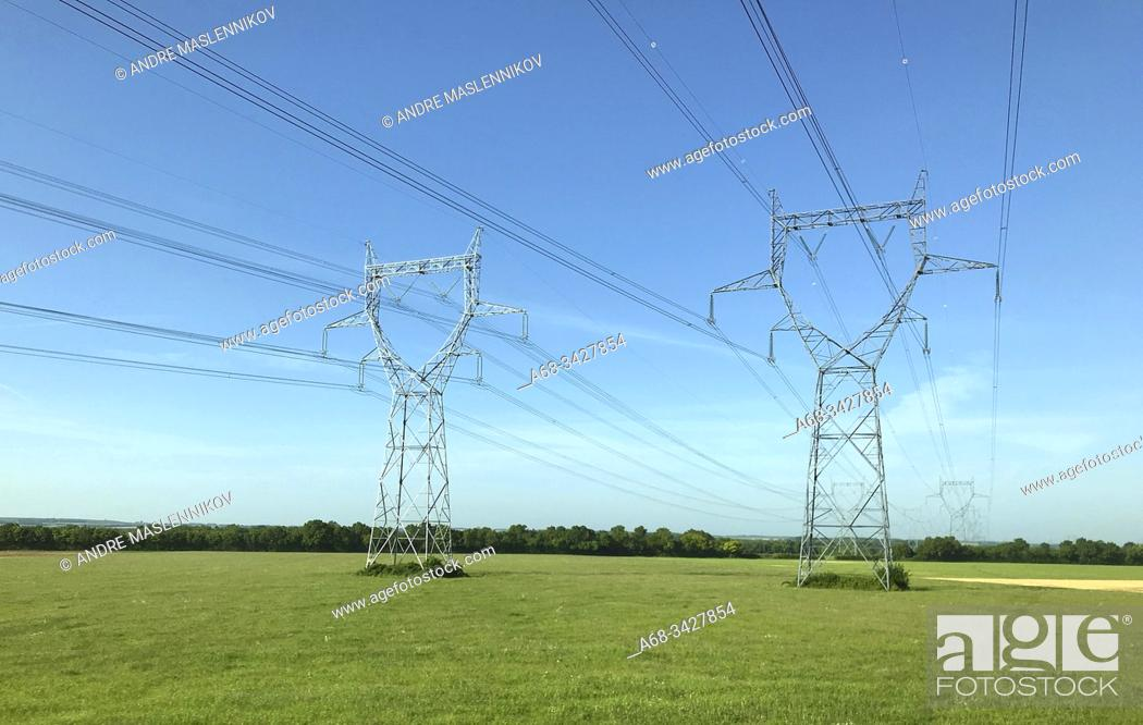 Stock Photo: Power lines near Fors in France. . Photo: André Maslennikov.