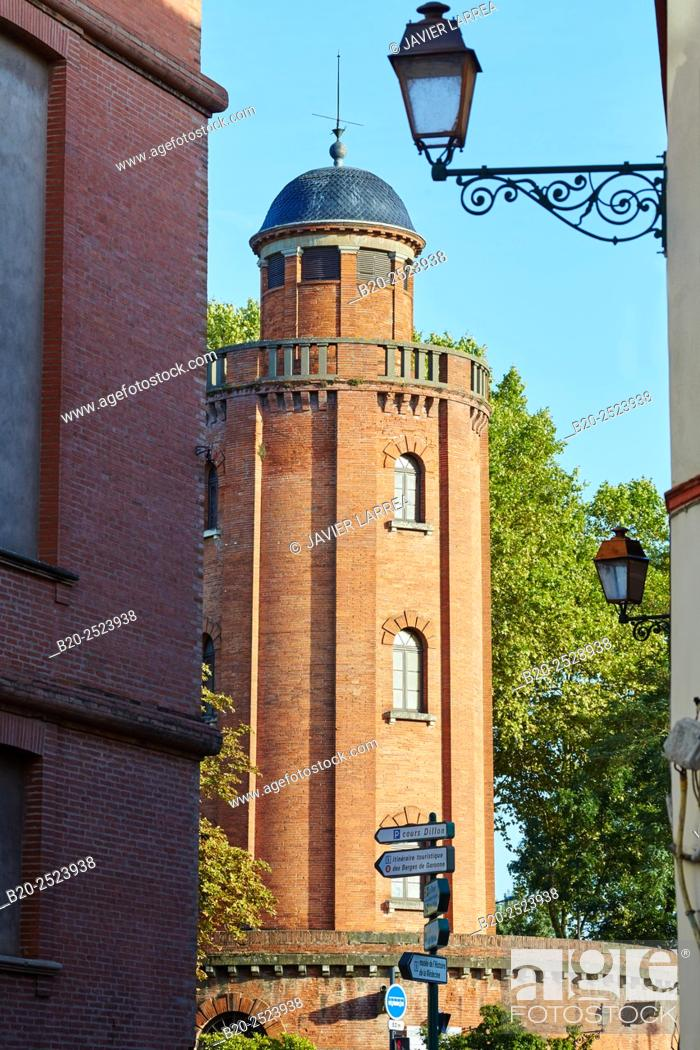 Stock Photo: Chateau d'Eau former water tower (now photography gallery), Toulouse. Haute Garonne. France.