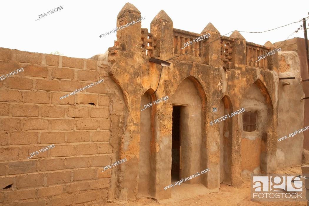 Stock Photo: Traditional Architectural Structure In Segou, Mali.