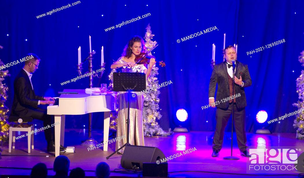 Christmas Gala 2021 Rust Germany November 20 2019 Christmas Gala Concert With Paul Potts At Europa Park In Rust Stock Photo Picture And Rights Managed Image Pic Pah 2021 126950568 Agefotostock