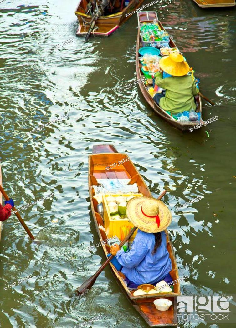 Stock Photo: Damnoen Saduak Floating Market near Bangkok in Thailand.