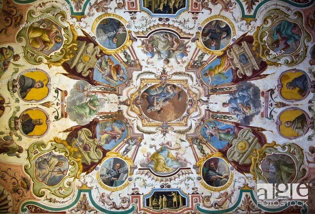 Imagen: Ceiling frescos in the Uffizi Museum, Florence, Tuscany, Italy.