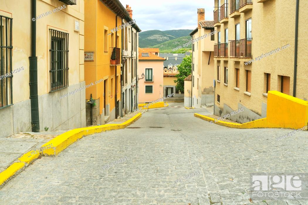 Stock Photo: Isidro Gordero Street. Real Sitio de San Ildefonso, Segovia.