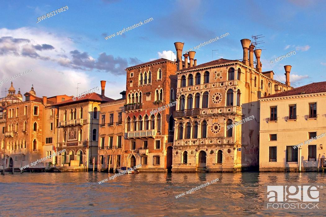 Stock Photo: houses at the Canale Grande, Italy, Venice.